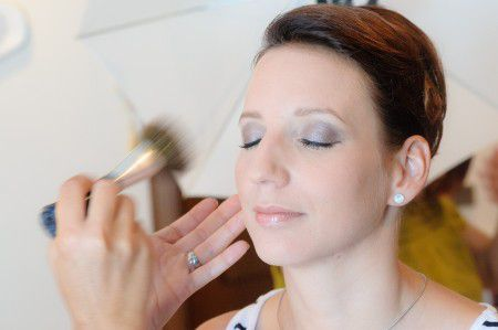 make-up-1155013_1920
