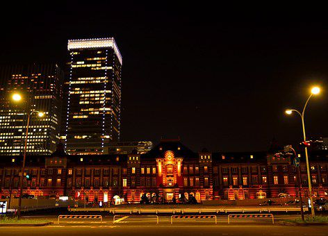 tokyo-station-1373465__340