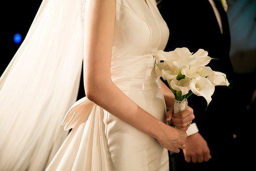 wedding-2207211__340