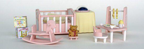 doll-room-1426009__340