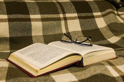 book-1831347__340