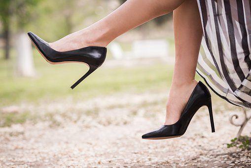 shoe-2538424__340